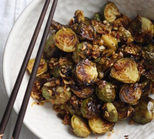 roasted-brussels-sprouts-with-spicy-lemongrass-sauce
